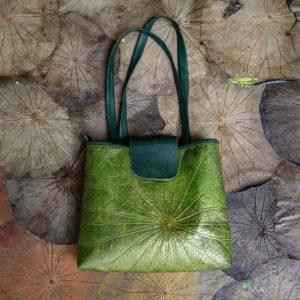 Túi handmade từ lá sen